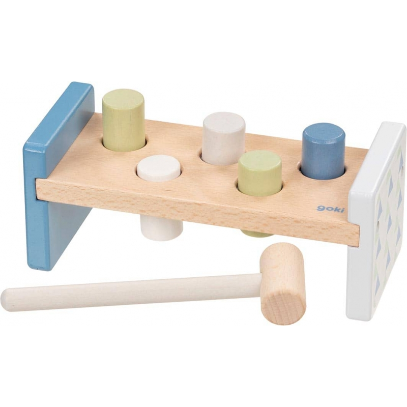 Banc à marteler bleu - Goki Lifestyle ☝   Jeux de motricité en bois